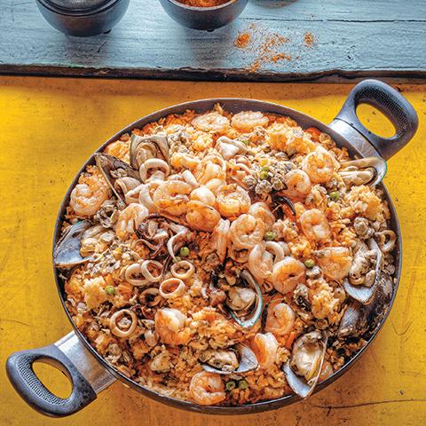Cocina con imusa paella