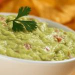 Cocina con imusa guacamole