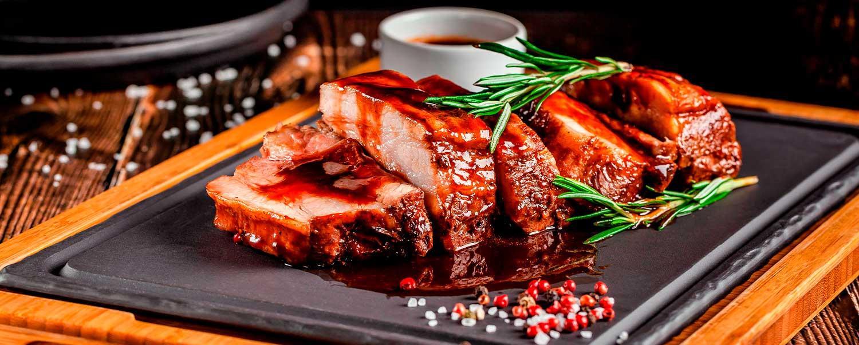 ¡Deliciosas costillas BBQ preparadas en sartén!